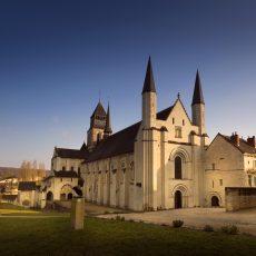 Fontevraud, une abbaye royale au destin singulier