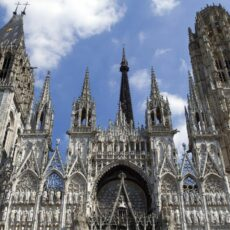 Restauration du portail des maçons de la cathédrale Notre-Dame à Rouen
